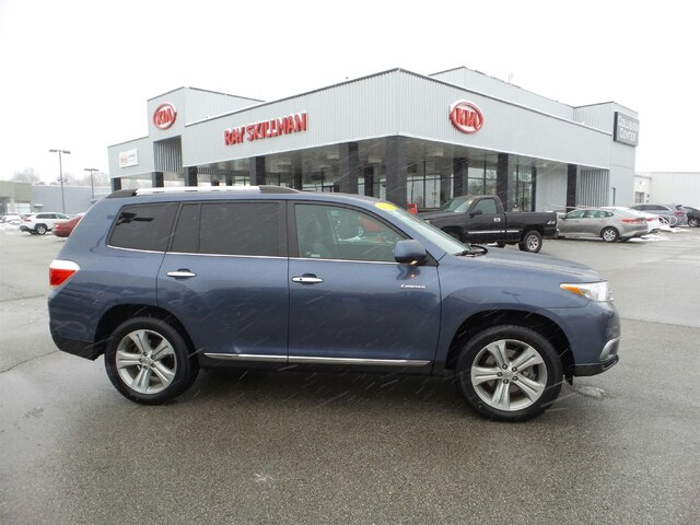 Pre-Owned 2012 Toyota Highlander ROOF,2-KEYS