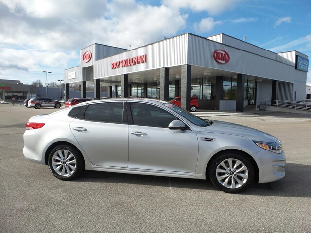 Pre-Owned 2016 Kia Optima NAV,PANO ROOF